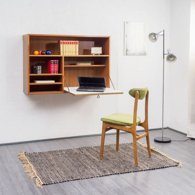 Bàn làm việc gắn tường treo tường tiện lợi cho phòng ngủ
