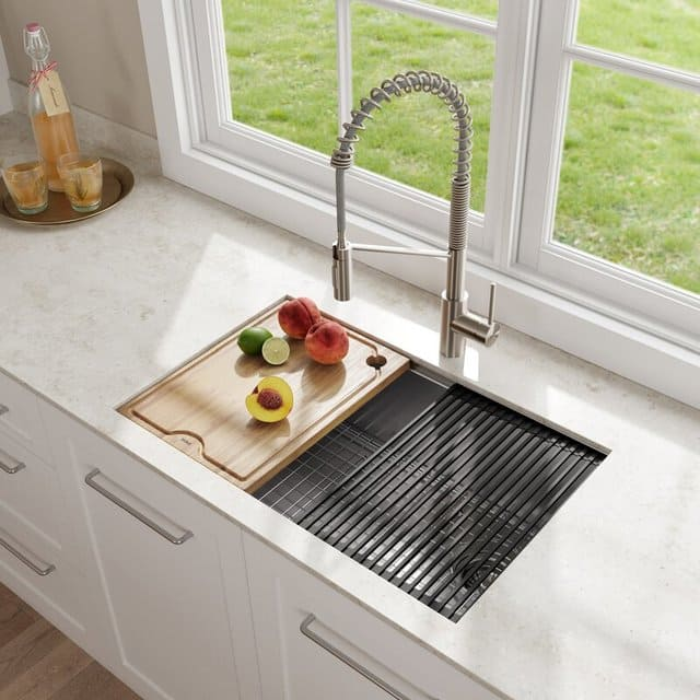 Bồn rửa bát tiết kiệm không gian vô cùng thông minh cho phòng bếp