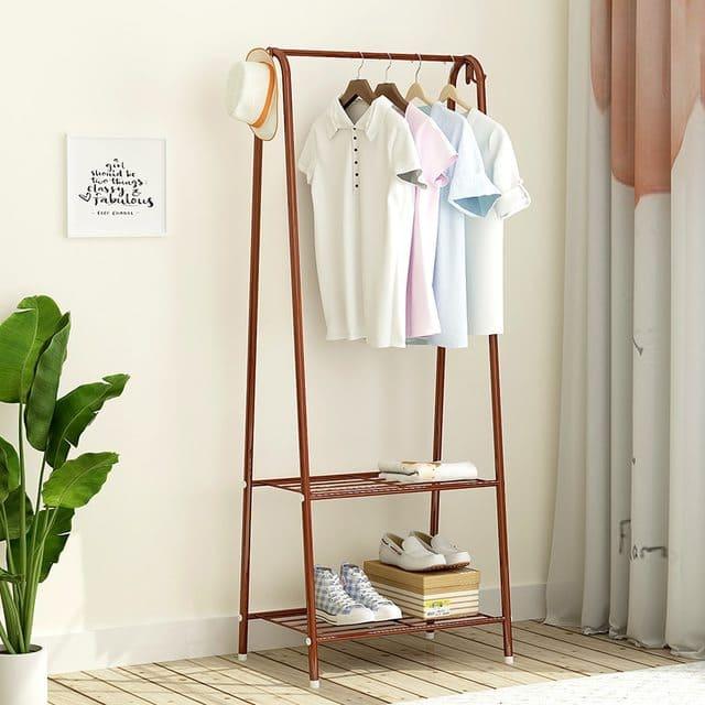 Thanh treo đồ vô cùng tiện lợi cho phòng ngủ
